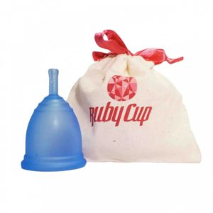 Ruby_Cup_Medium_Blue_with_pouch__42909_zoom